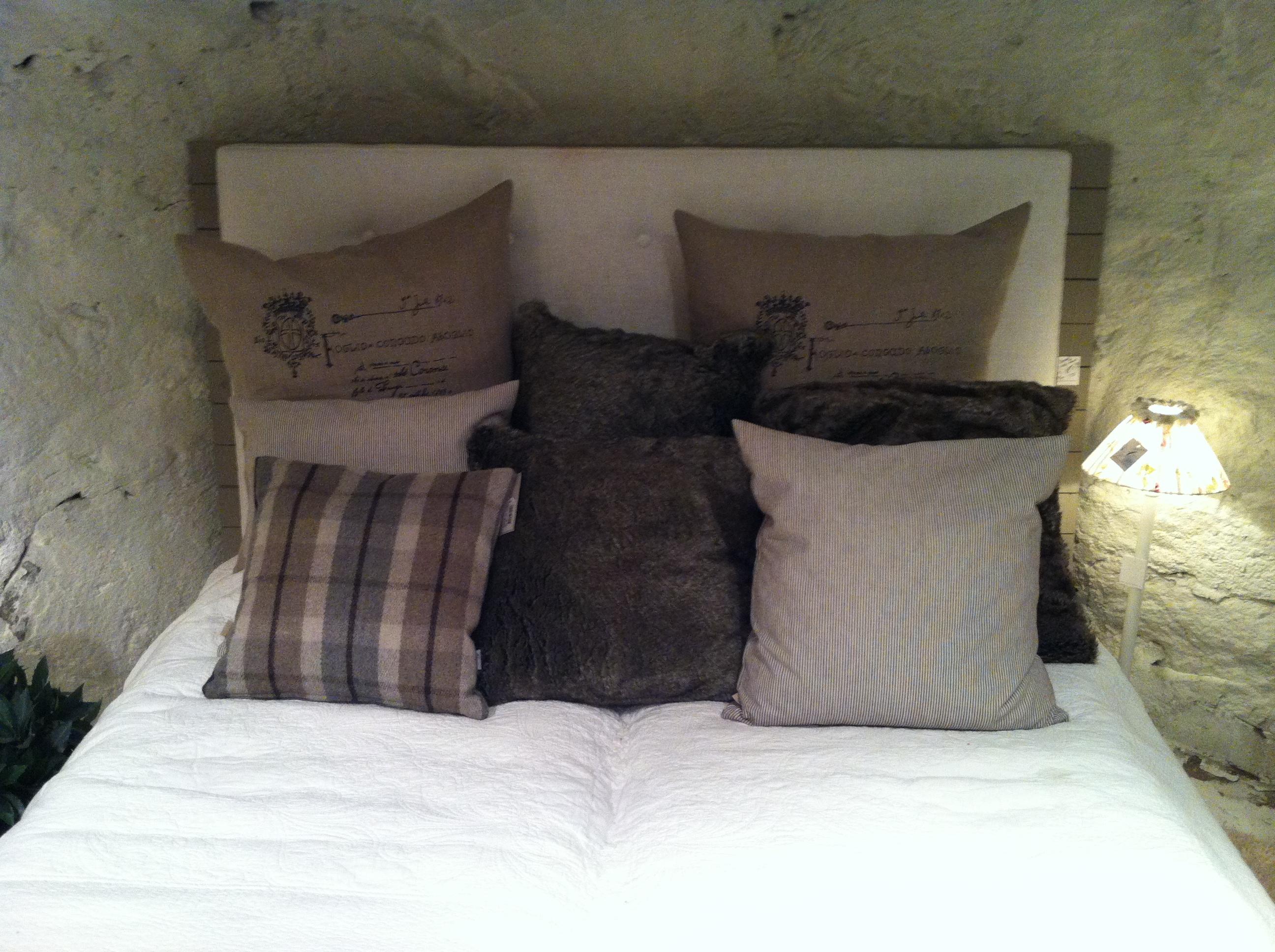 Säng Butik Annelie